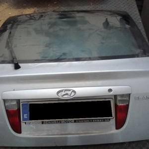 Portón Hyundai Elantra